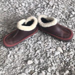 Shoes size 7.5